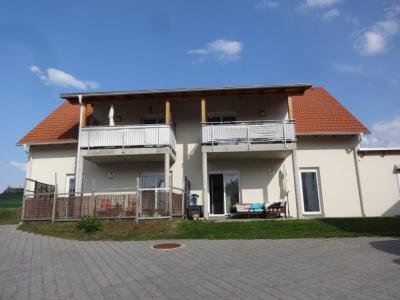56m2 Wohnung Garten - Terrasse und Grünanteil und Carport