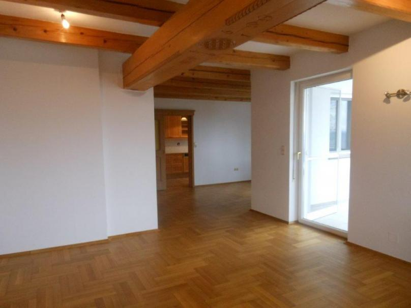 88,90m² sonnige, helle Wohnung mit herrlicher Fernsicht - ab sofort Verfügbar